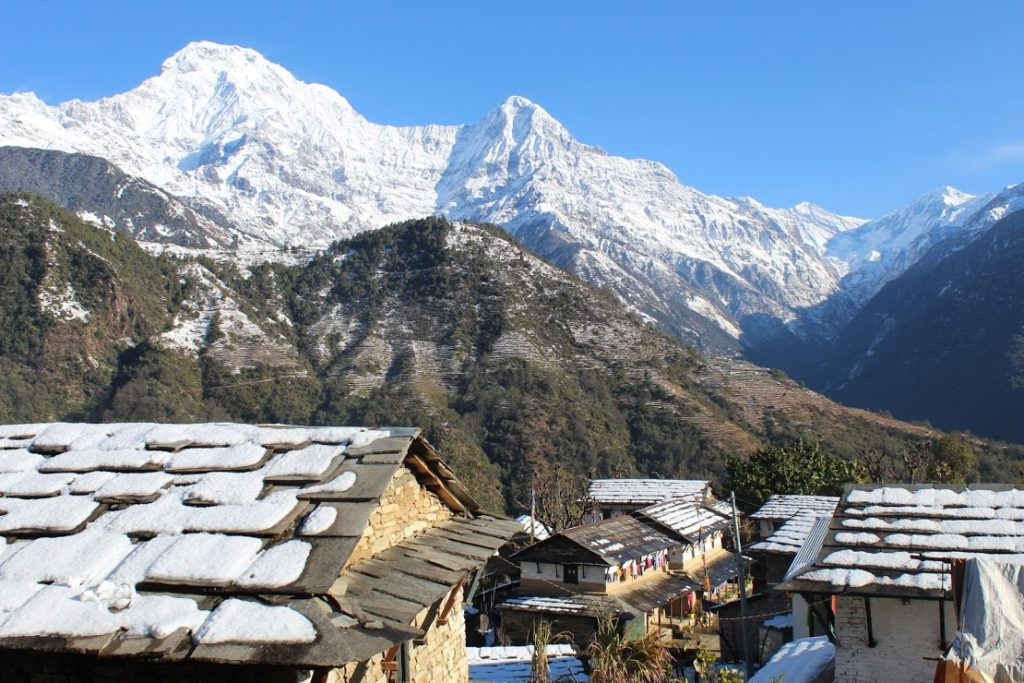 Crossing the villages with tea houses amidst spectacular views
